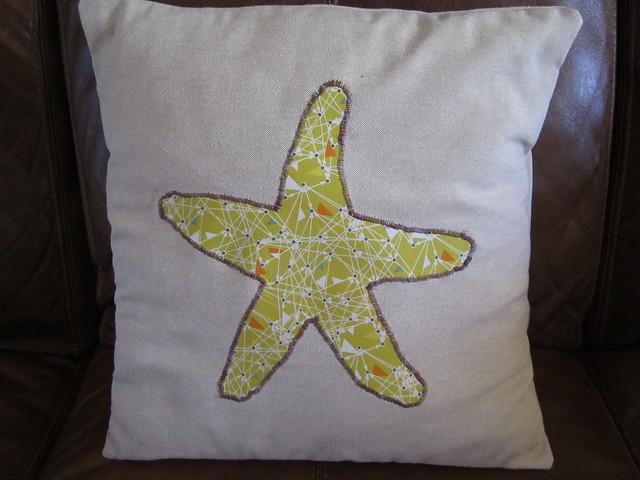 Eve's cushion (1)