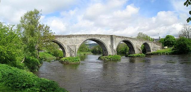 Old Stirling Bridge Spans