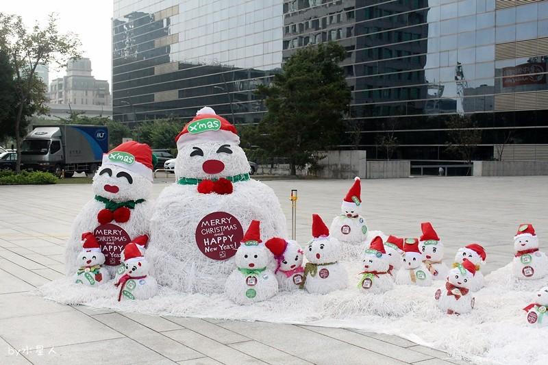 30748211114 46f5d74075 b - 2016台中耶誕YA!耶誕嘉年華,市政廣場耶誕節系列活動,讓你白天與夜景一次看個夠