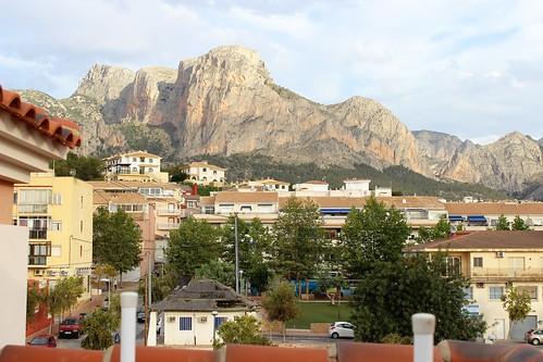 Fabulosas vistas a la montaña, situado en pleno centro. Consulte precio a su inmobiliaria en Benidorm, Asegil www.inmobiliariabenidorm.com