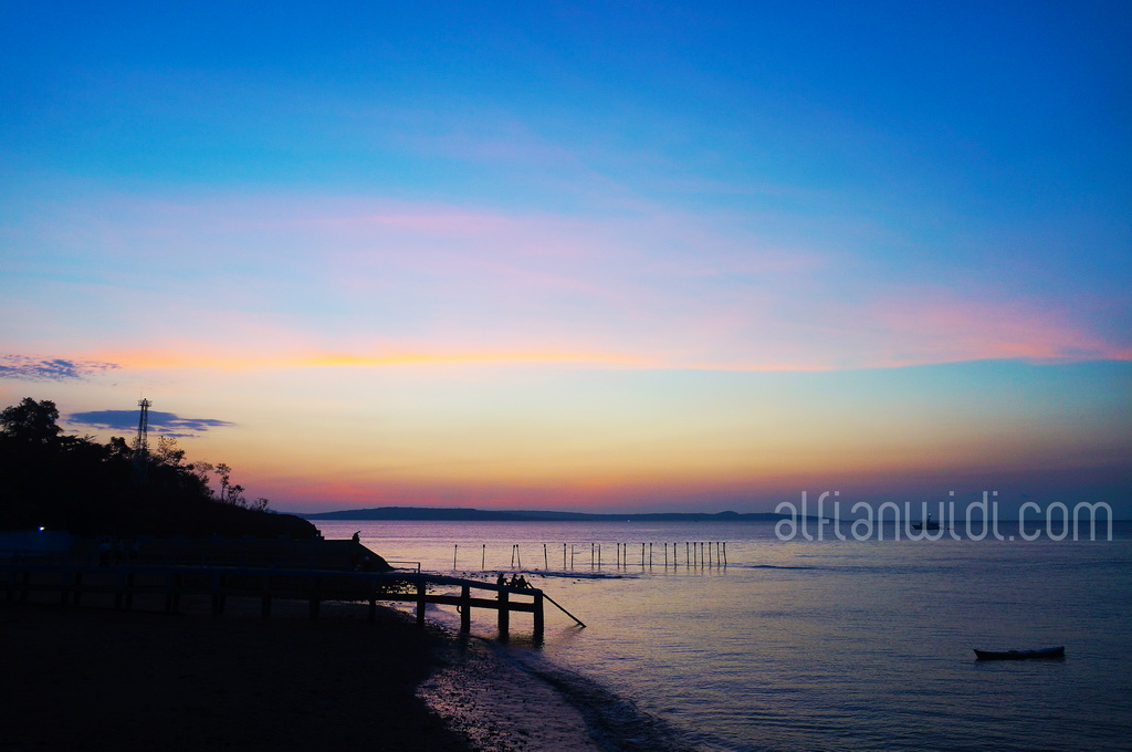 KUPANG_Pemandangan senja di Teluk Kupang_editWM