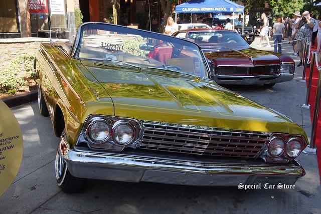 1962 Chevrolet Impala Aztec Gold
