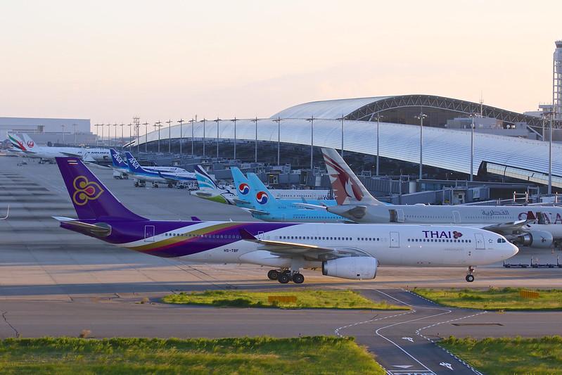 HS-TBF 泰航 タイ国際航空 Thai Airways International Airbus A330-300