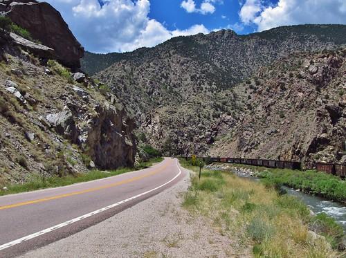 canoncity colorado roadtrip landscape scenery road us50 arkansasriver river