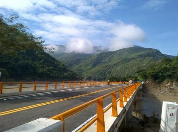 Rebajan 25% peaje de la México-Acapulco en vacaciones