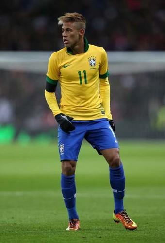 neymar_teñido_rubio