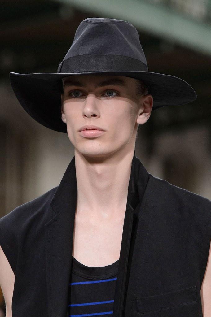 Marc Schulze3282_SS16 Paris Y-3(fashionising.com)