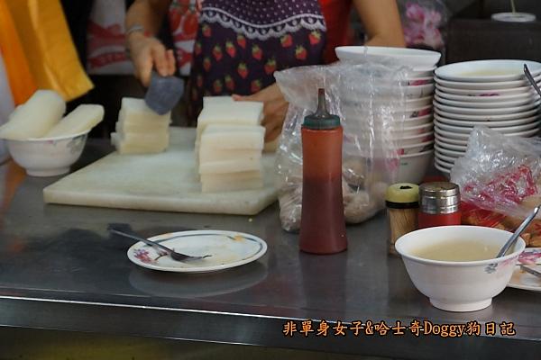 台中第二市場老賴紅茶菜頭粿蔥油餅餡餅12