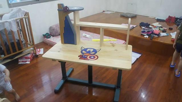 超級英雄課桌椅