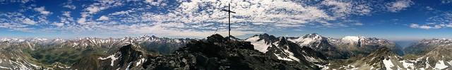 Panoramablick vom Gipfel der Dreieckspitze