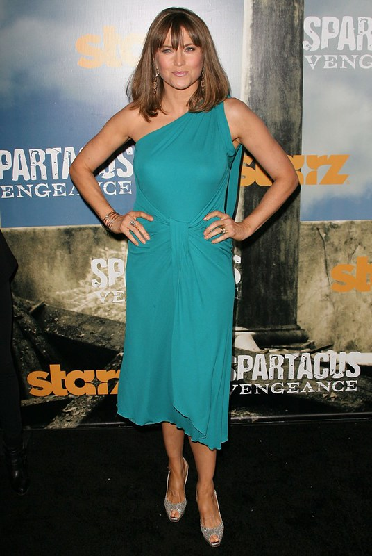 lucy-lawless-premiere-spartacus-vengeance-03