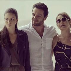 Nova família ... #BlogAuroradeCinemadeolhonaTV #TVGlobo #Globo50 #novelas #walcyrcarrasco #sergiopenna #ficção #bookrosa @sergio.penna  #rodrigolombardi #DricaMoraes #CamilaQueiroz #angel @walcyrcarrasco #triângulo #preparacaosergiopenna #teledramaturgiab