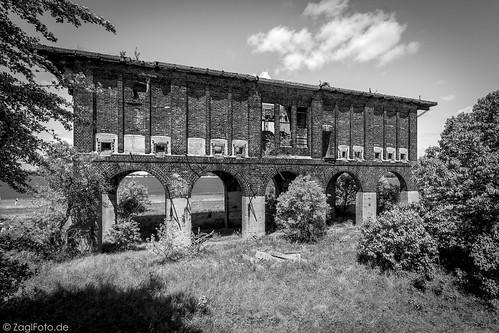 Röcken, verlassenes Industriegebäude