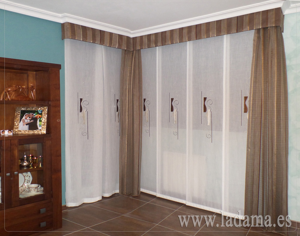 Fotograf as de cortinas en salones cl sicos la dama - Ideas para cortinas de salon ...
