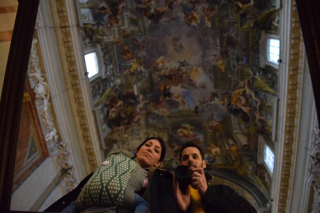 ¡La familia crece! Visitando Roma, probablemente el último viaje de los tres fuera de España. Embarazada de cinco meses y medio.
