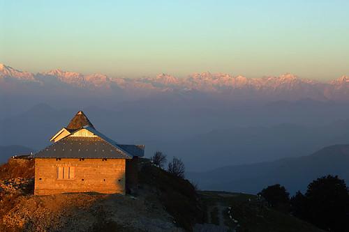 sunset india mountain mountains beautiful topv111 wow landscape geotagged temple cool indian peak himalaya himalayas hindutemple himachalpradesh continuum mountainrange anindo narkanda hatupeak hatutemple geo:lat=31243538 geo:lon=77501560 geo:long=77501560 calendarshot anindoghosh iloveindiatraditional