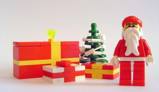minifig holidays # 2: christmas