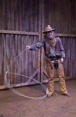 Thu, 2004-03-04 12:17 - Cowboy trinity