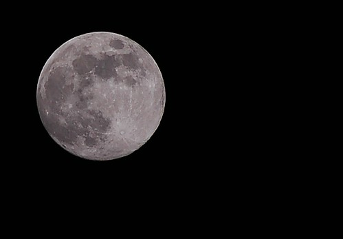 Full Cold Moon - Handheld