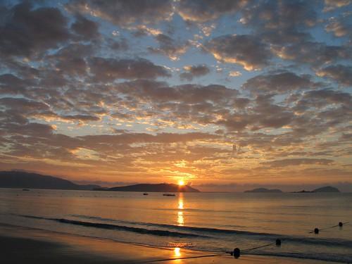 china sunrise sanya hainan yalong