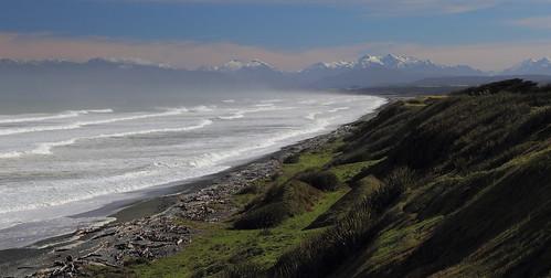 newzealand southland fiordland humpridge statehighway99 mccrackensrest southernscenicroute orepuki tewaewaebay westernsouthland tewahipounamuworldheritagearea