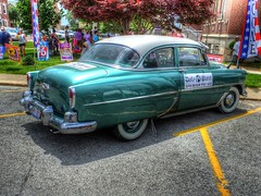 pontiac chieftain(0.0), automobile(1.0), automotive exterior(1.0), vehicle(1.0), mid-size car(1.0), plymouth cranbrook(1.0), compact car(1.0), antique car(1.0), sedan(1.0), classic car(1.0), vintage car(1.0), land vehicle(1.0), luxury vehicle(1.0), motor vehicle(1.0), classic(1.0),