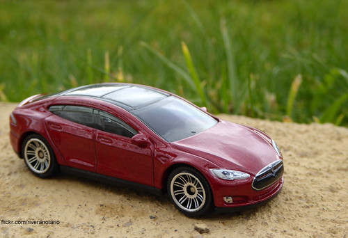 Matchbox - Tesla Model S