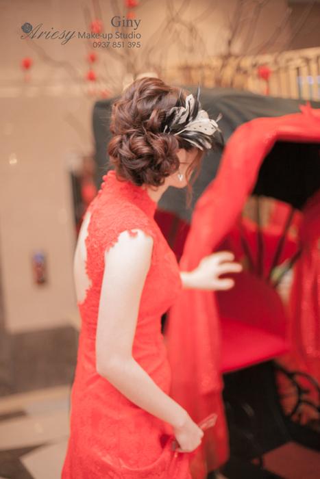 Giny,愛瑞思造型團隊,台北新娘秘書,新娘秘書,清透妝感,蓬鬆盤髮,旗袍造型,修剪劉海,歐美手工飾品,尊爵天際