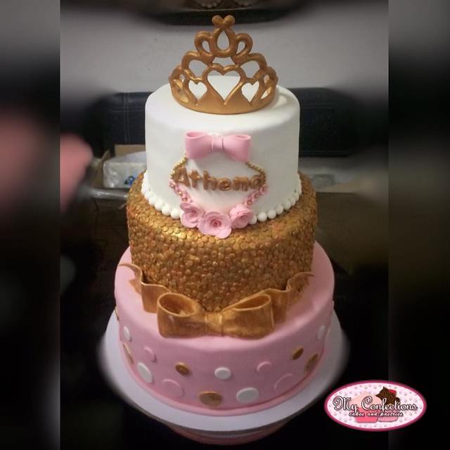 Tiara Cake by Jessica Morcilla Ibañez of My Confections – Cakes and Pastries