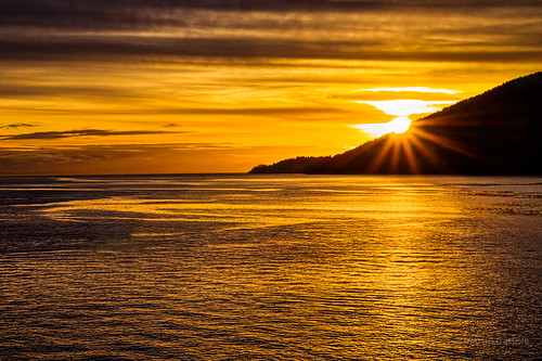 bowenisland howesound whytecliffpark horshoebay britishcolumbia canada sunsets islands colour starburst pentaxk5 tamronlenses photoninja tkactions pentaxians pentaxart wow nwn