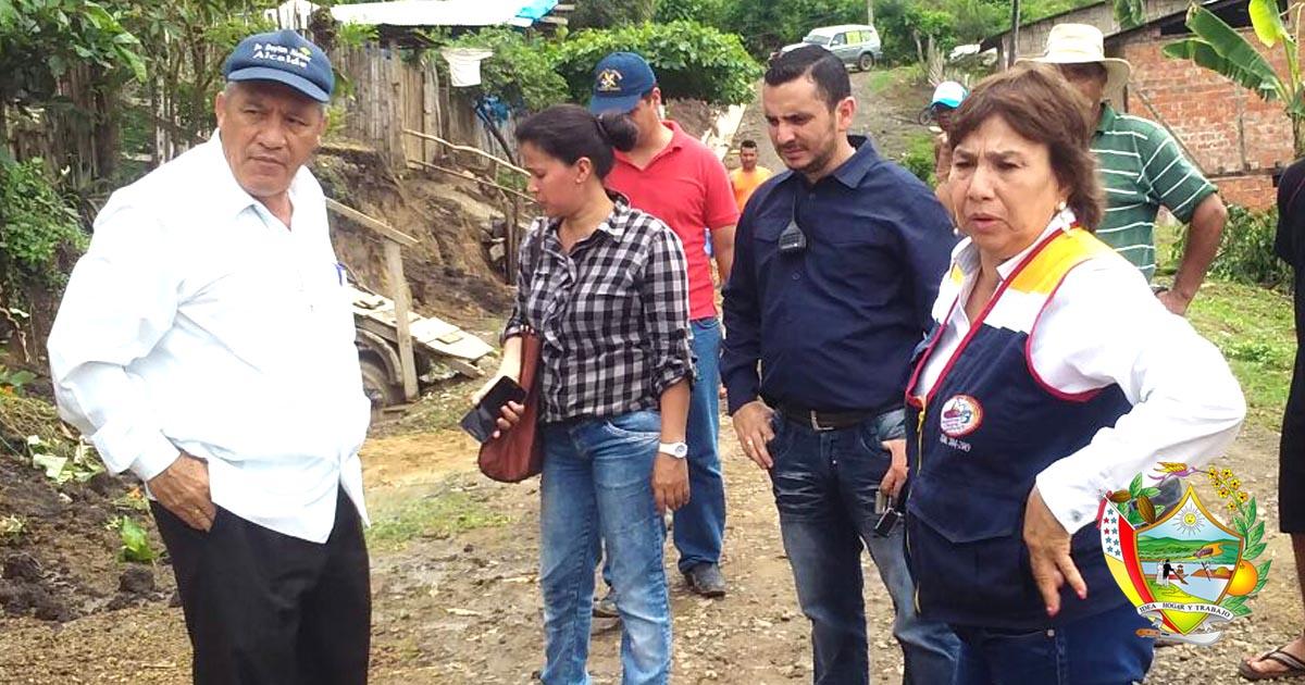 Lluvias en Chone: Alcalde y técnicos municipales visitaron estos lugares
