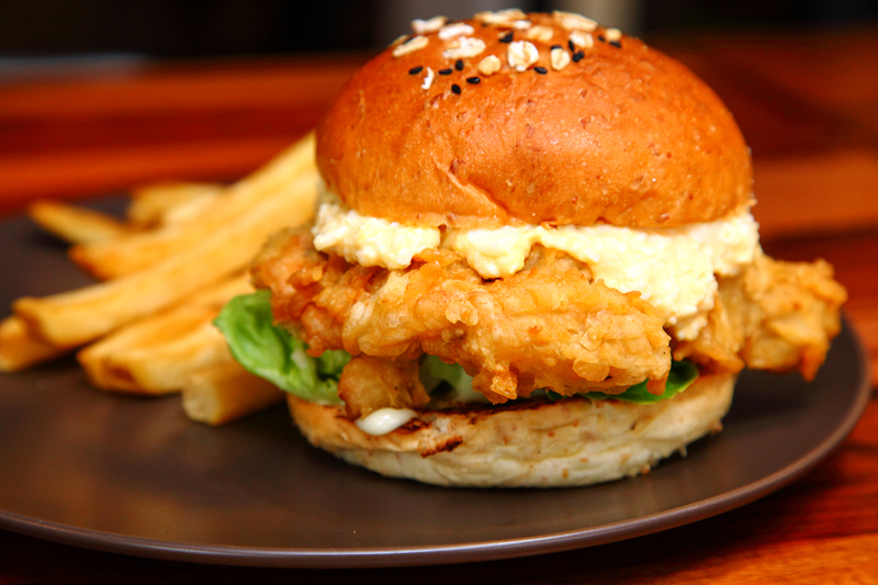 Buns Burger Bar Chick2-Butter-Milk-Burger