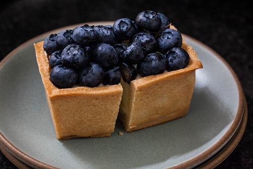 splitting dessert   from tatte bakery