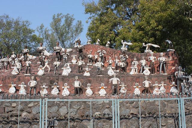 20130210_9405-Chandigarh-Nek-Chand-rock-garden_resize