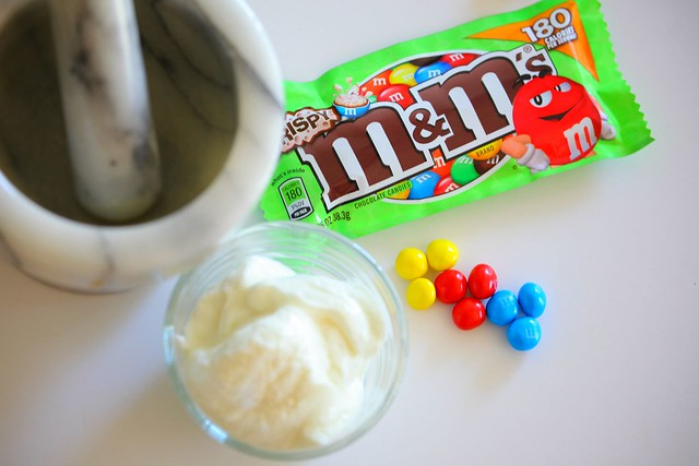 Crispy M&M'S®, Greek Yogurt, Sweet Tooth, Recipe, No Bake, Tanvii.com