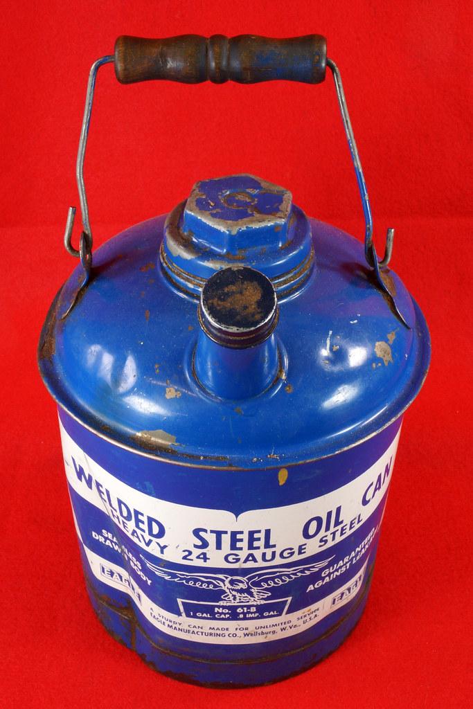 RD7979 Vintage Original Eagle Welded 24 Gauge Steel Blue 1 Gallon Oil Can DSC08046