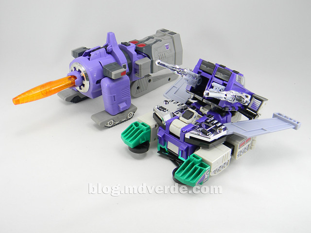 Transformers Sixshot G1 Reissue - Transformers Asia - modo tanque vs Galvatron