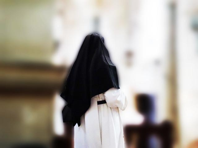 Une prière pour Barbara de Tours.