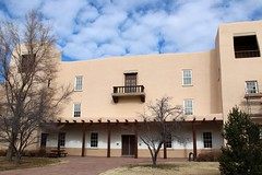 UNM Scholes Hall (Albuquerque, New Mexico)