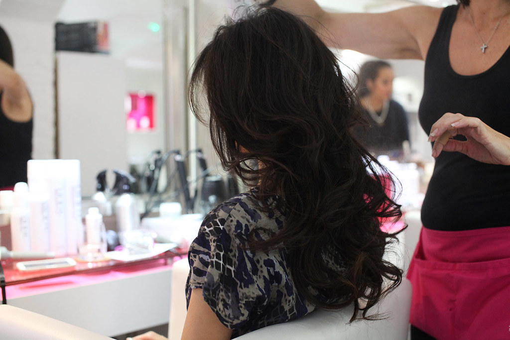blo-blow-dry-bar-glamorous-hair-styling