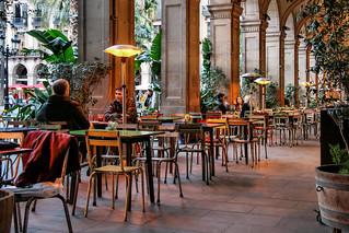Imagen de Plaça Reial. catalunya cataluña españa spain terraza terrace ciutatvella barcelona bar restaurant restaurante