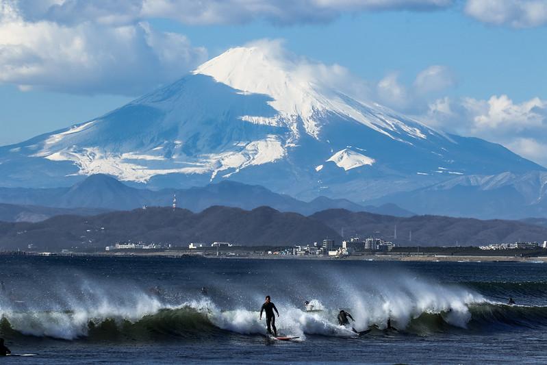 鵠沼海岸 & 富士山
