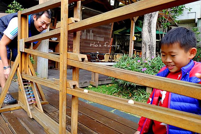 老樹根魔法木工坊景觀遊具區木球軌道滾珠台