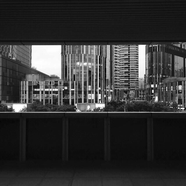 #china #beijing #city #cities #bw #bw_society #blackandwhite #blackandwhitephotography #street #streets #streetphoto #streetshot #streetscene #streetphotobnw #streetphotography #streetphotographers #architecture #archilovers #architectureporn