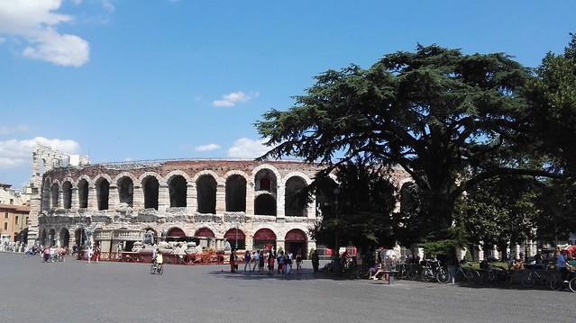 Piazza Bra mit der Arena