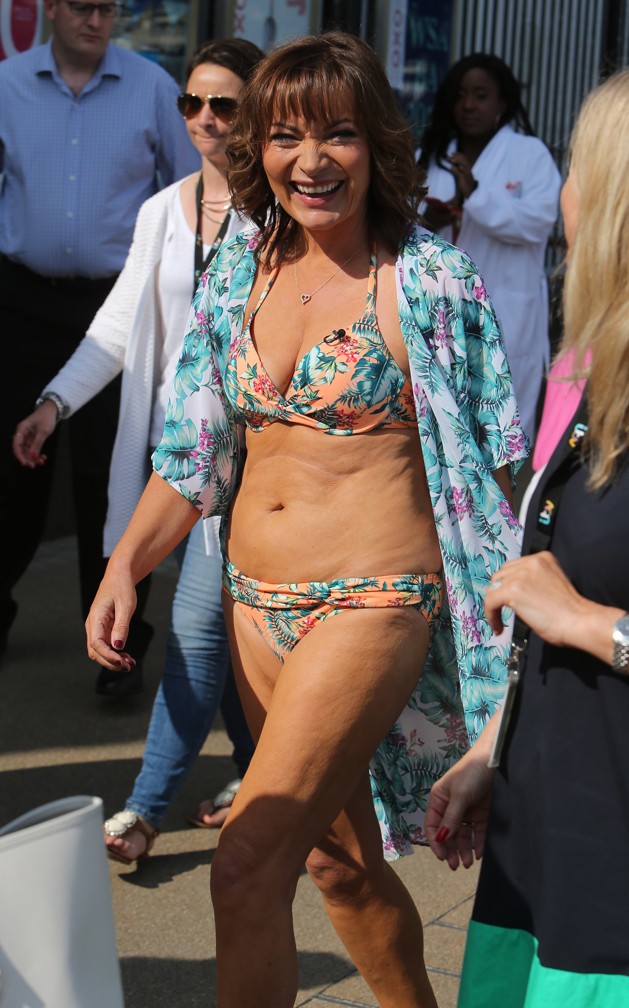 Lorraine Kelly looks incredible in