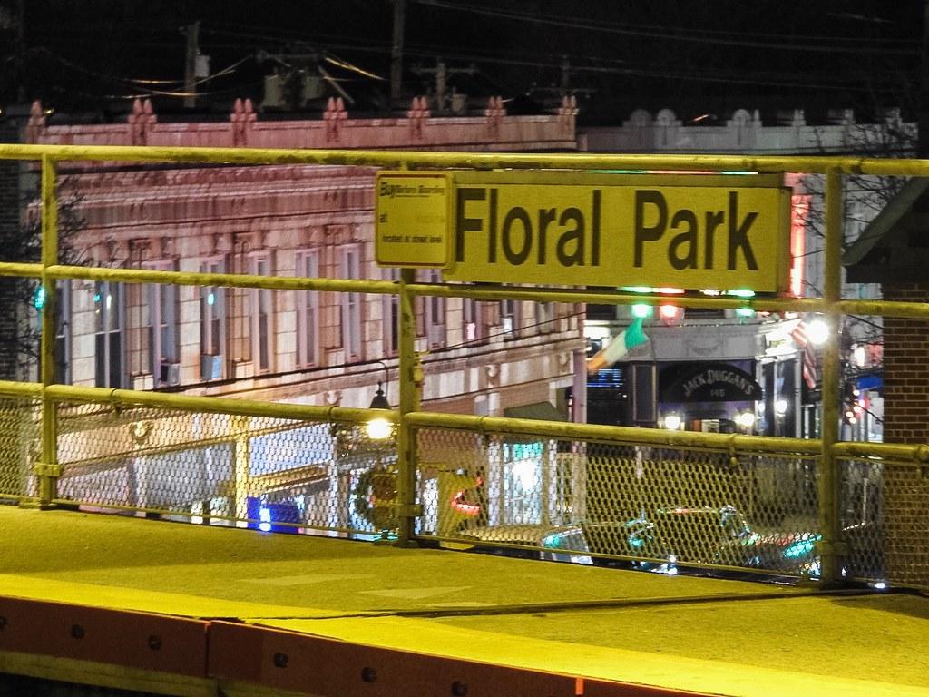 Bellerose playground new york tripcarta for Queens motor inn new york