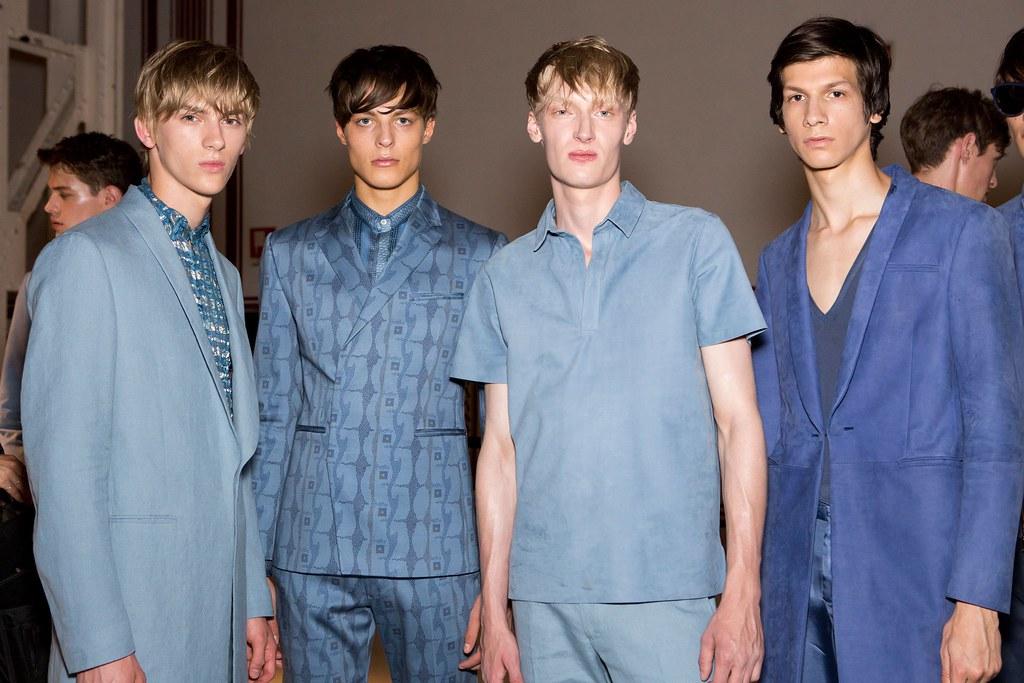 Dominik Sadoch3364_SS16 Milan Etro_Brodie Scott, Alastair George, Sam Maouchi(fashionising.com)