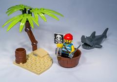 Lego 5003082 Classic pirate minifigures
