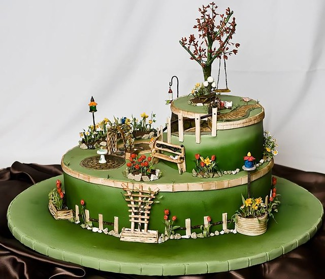 Cake by Torte decorate in pasta di zucchero